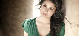 Parineeti Chopra Hot Sexy Actress