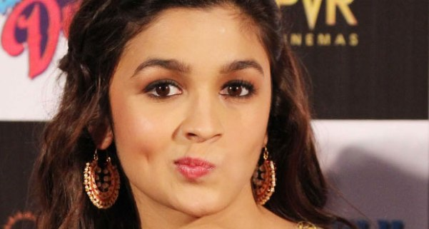 Indian Actress Alia Bhatt Hot Pics