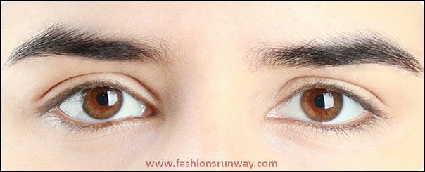 Prepare your eyes with concealer